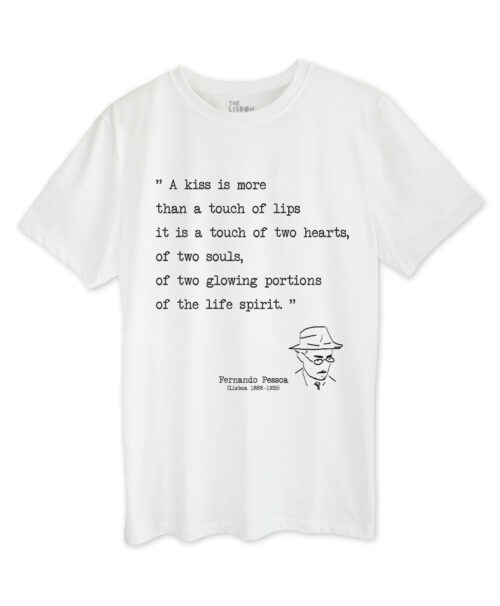 Pessoa's Poem Kiss T-shirt